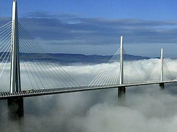 南フランス ミヨー橋.jpg